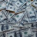Il réclame 2 sextillions de dollars de dommages et intérêts