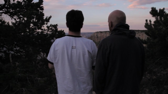 Deux frères s'offre un dernier road trip aux États-Unis avant de devenir aveugle