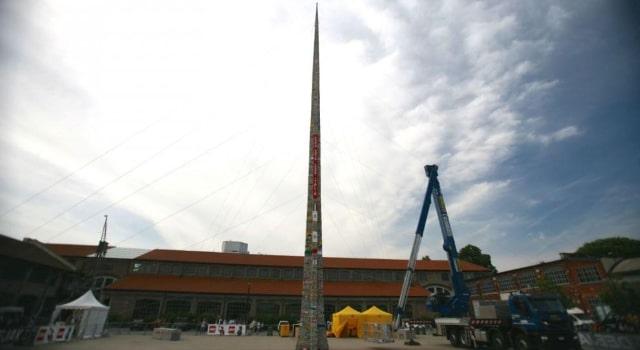 La plus haute tour en lego du monde mesure 35 05 m tres for Haute hongrie